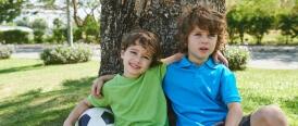 Comment aider notre enfant à se faire des amis?