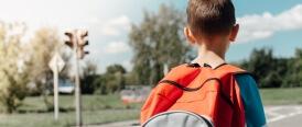 Être le petit nouveau du groupe; guide pour accompagner mon enfant ou mon adolescent à relever le défi.